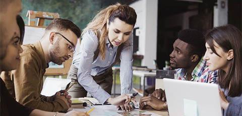 effectief leidinggeven trainingen vergelijken